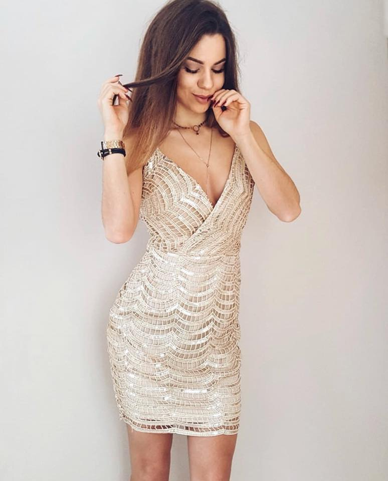 everly prom gold dress